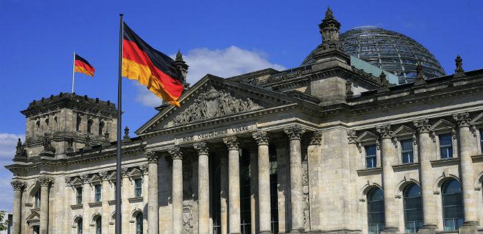 Almanya'da Kervana Katıldı