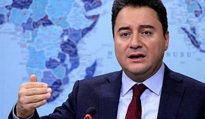 """Babacan """"Yeni Yılda Yeni Parti…"""""""