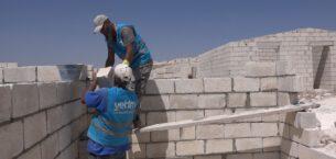Suriye'de yetim aileleri için briket evler yapılacak