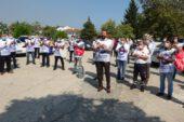 Bursa'da sağlık çalışanları alkışları bakanlık yetkililerine iade etti