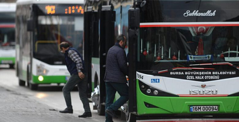 Bursa'da sağlık çalışanları ile otobüs şoförleri arasında gerginlik!