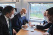 Ulaştırma Bakanı Bursa'ya da trenle gelsin diye umutla bekliyoruz