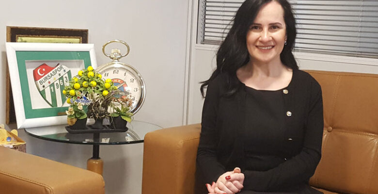 Bursa'nın en büyük kadın STK başkanı!