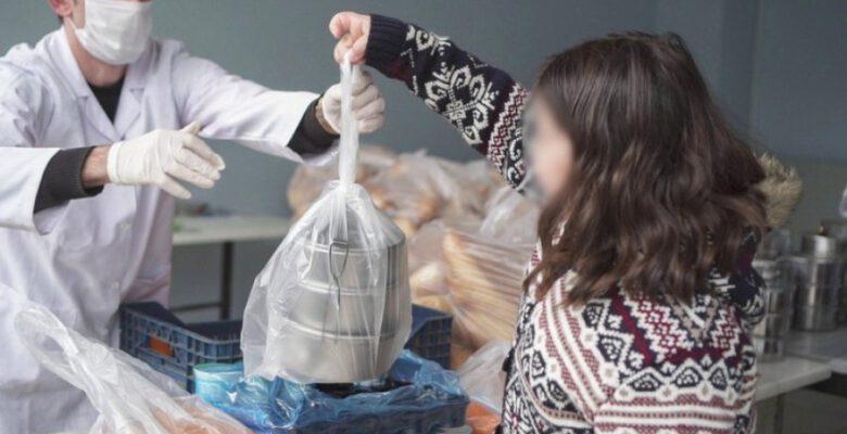 Kestel'de binlerce hanenin faturaları ödendi