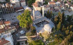 Emirsultan Camii Ramazan Bayramında doldu taştı