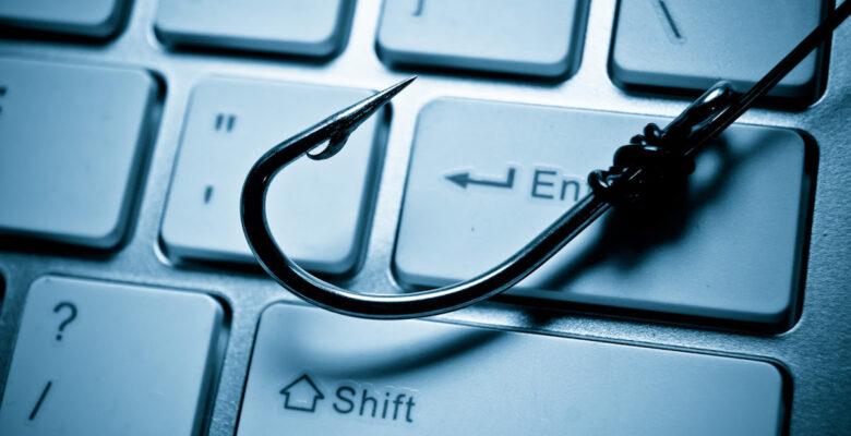 Tatil planı yaparken siber korsanların ağına düşmeyin!