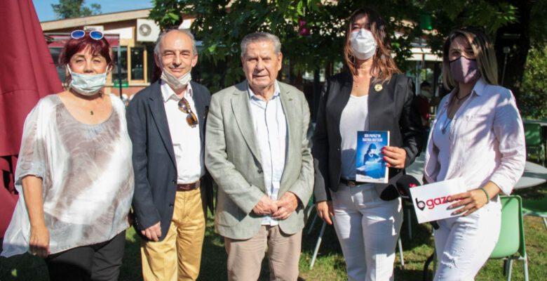 Keskin'in romanı Bir Papaz'ın Hatıra Defteri Mavi Baba okurlarıyla buluştu
