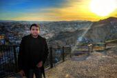 Türk asıllı Mısırlı genç, ülkemizi dünyaya tanıtan site kurdu!